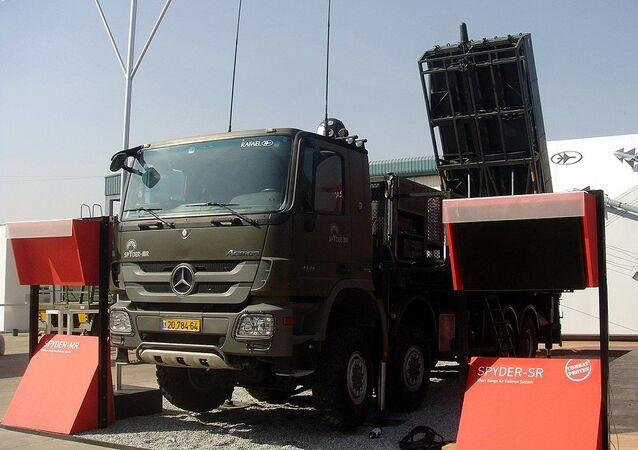 Izraelský mobilní protiletadlový raketový systém krátkého až středního dosahu SPYDER