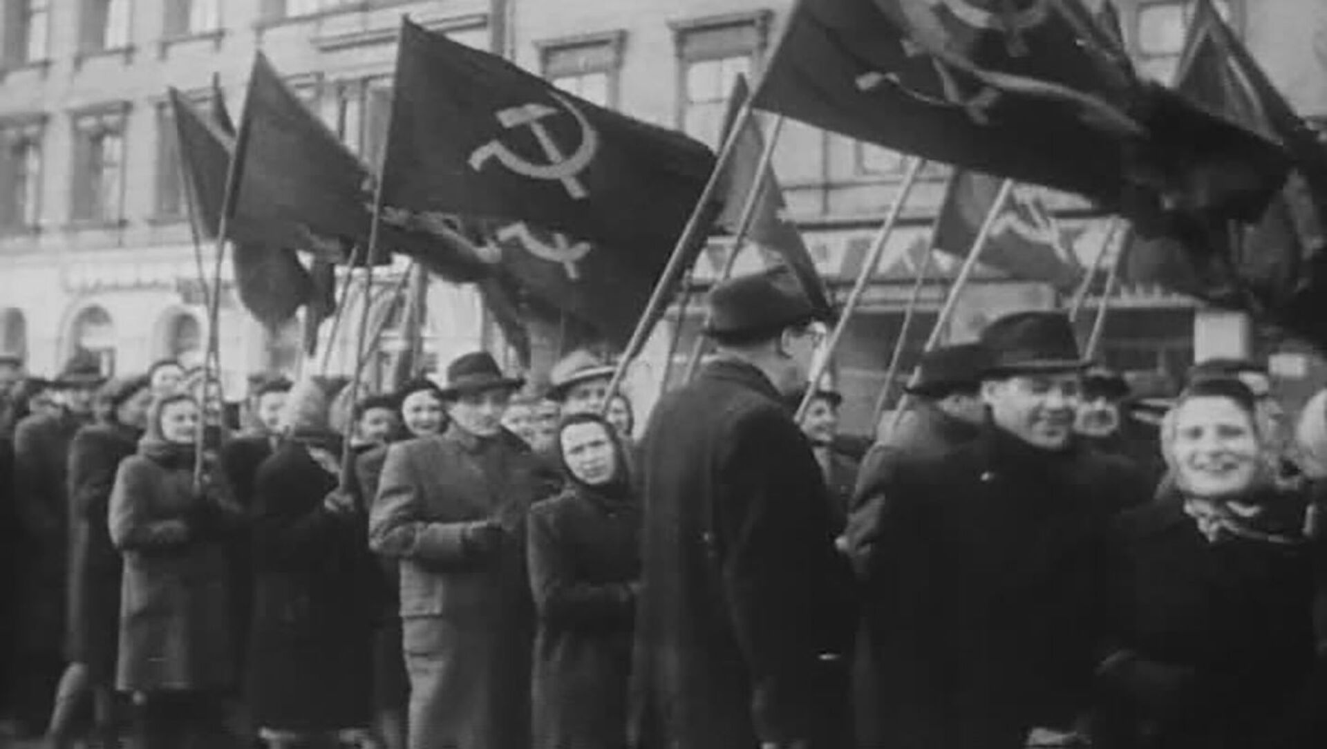 Prokomunističtí agitátoři, záběr z amerického filmového týdeníku The March of Time. - Sputnik Česká republika, 1920, 25.02.2021