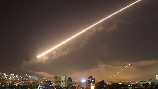 Americký útok v Sýrii v roce 2018. Ilustrační foto - Sputnik Česká republika