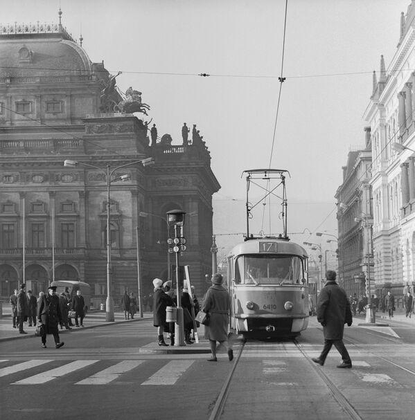 Na ulicích Prahy, 1969. - Sputnik Česká republika