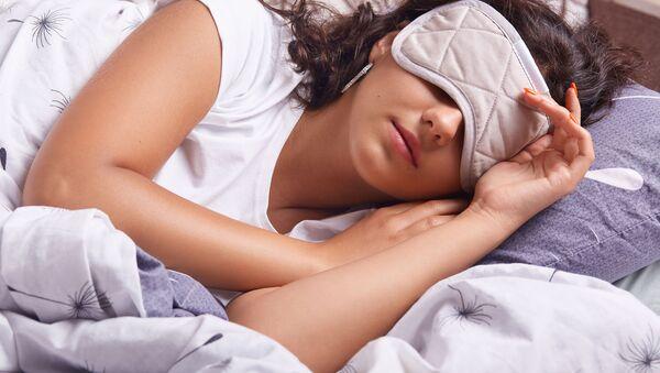 Dívka během denního spánku - Sputnik Česká republika