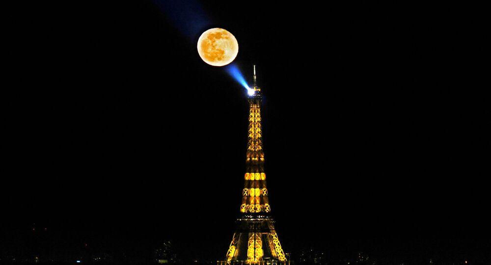 Eiffelova věž v Paříži