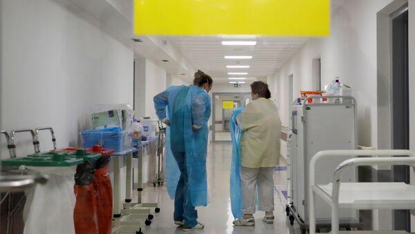 Lékařky v nemocnici v Mladé Boleslavi - Sputnik Česká republika