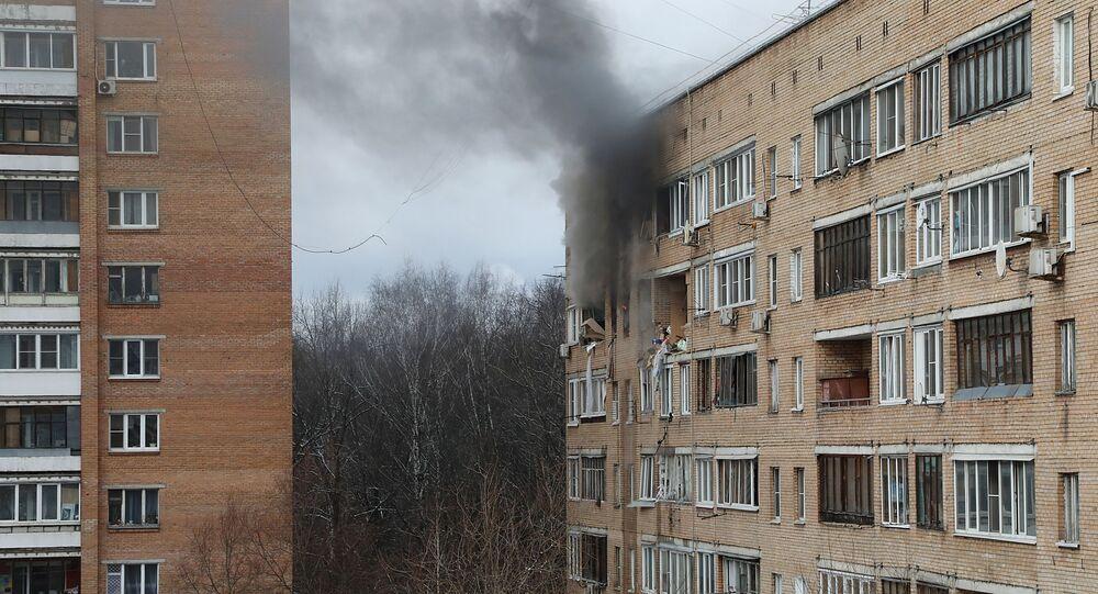 Městem Chimki poblíž Moskvy otřásl výbuch v bytovém domě