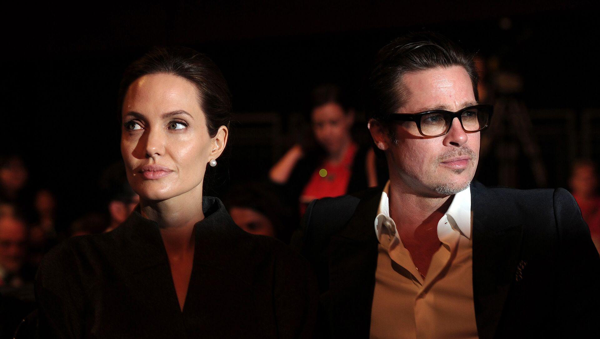 Angelina Jolie a Brad Pitt - Sputnik Česká republika, 1920, 20.03.2021