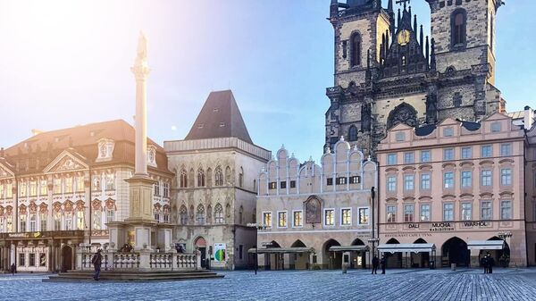 Na Staroměstském náměstí se objevilo 25 tisíc křížů symbolizující oběti covidu-19 - Sputnik Česká republika
