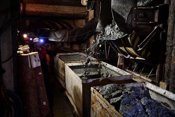 Mariinský smaragdový důl ve Sverdlovské oblasti Ruské federace  - Sputnik Česká republika