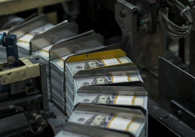 Tisk dolarů v Texase