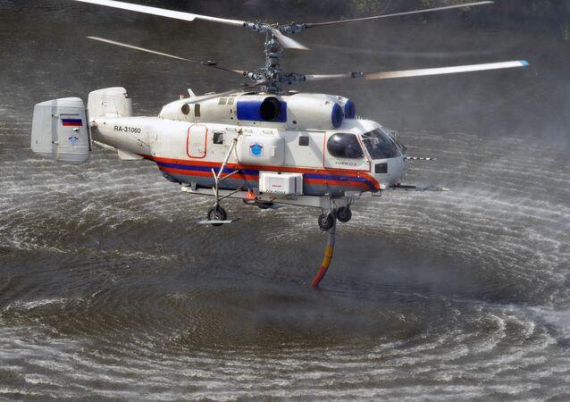 Мrtulník Ka-32 Ministerstva pro civilní obranu, mimořádné situace a likvidaci následků živelných pohrom RF (MČS). Ilustrační foto