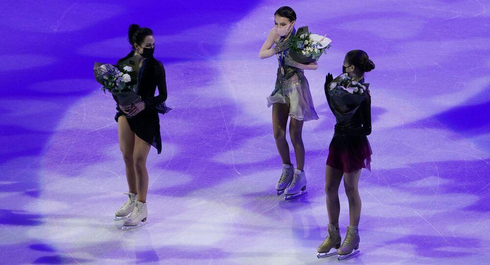 Zlatou medaili získala Anna Ščerbakovová, stříbrnou Jelizaveta Tuktamyševová a majitelkou bronzové medaile se stala Alexandra Trusovová.