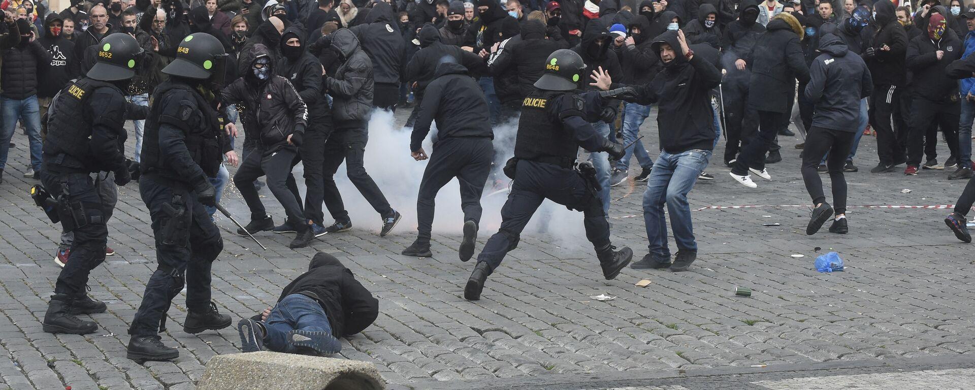 Protesty v Praze. Ilustrační foto - Sputnik Česká republika, 1920, 27.03.2021