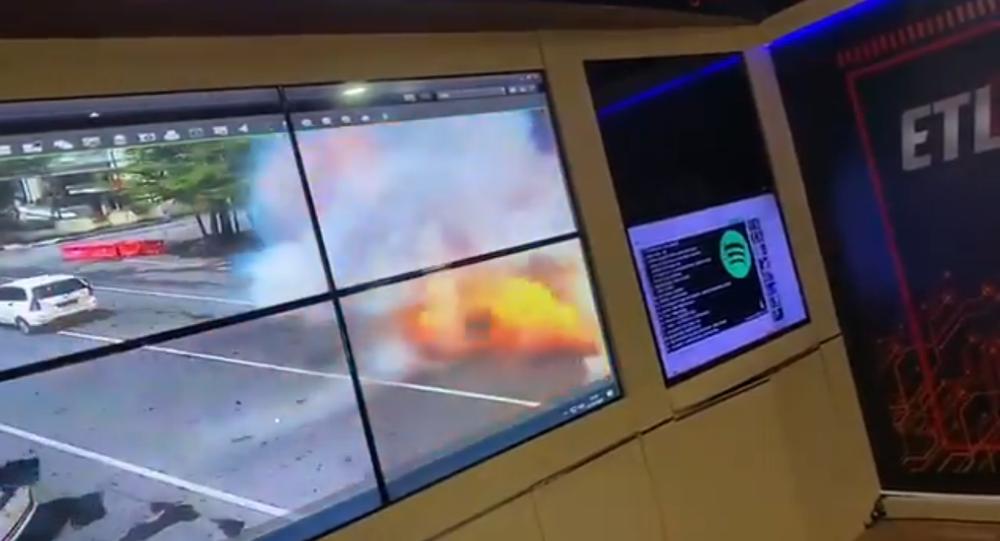 V indonéském katolickém kostele došlo na Květnou neděli k výbuchu. Screenshot