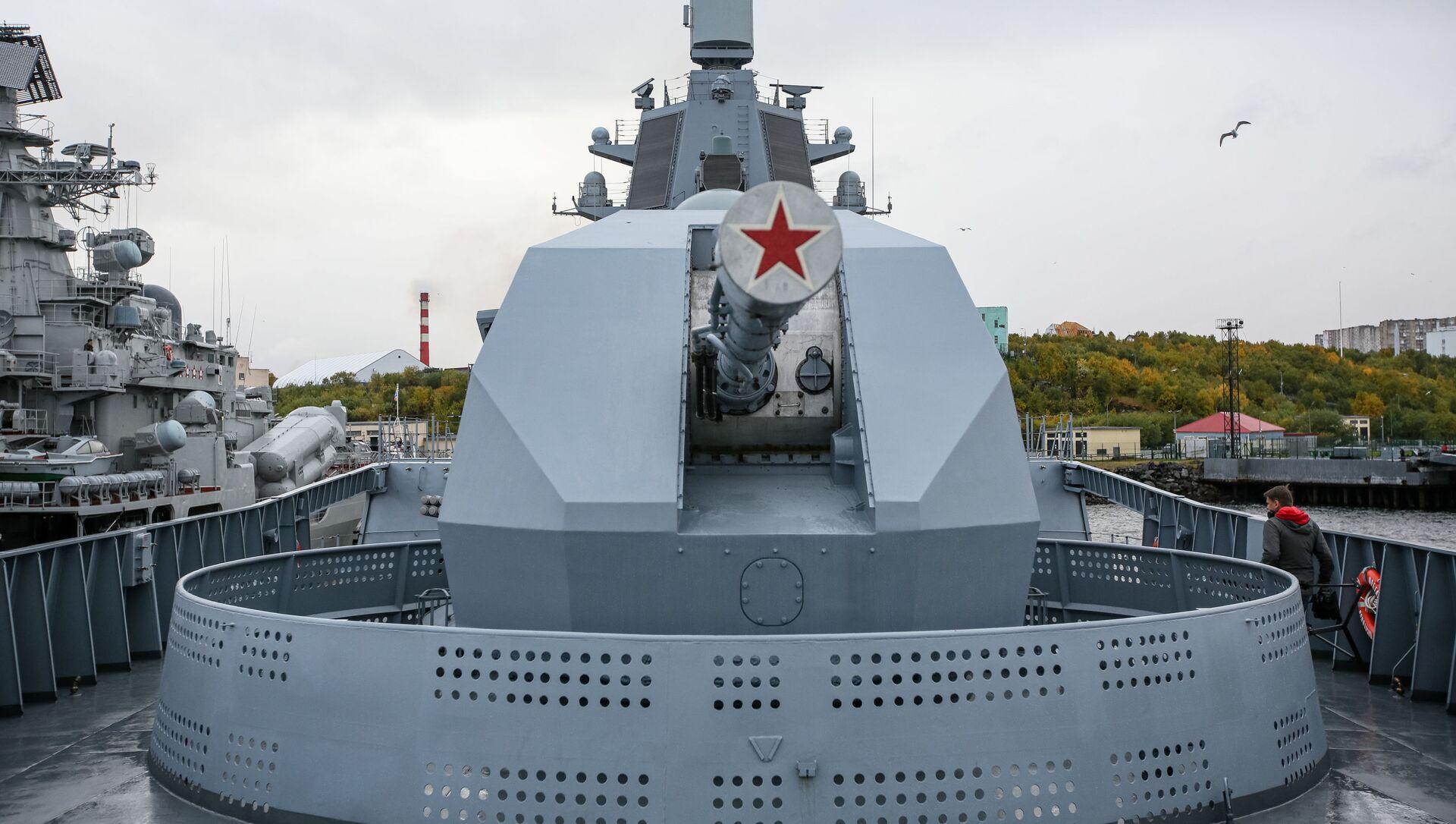 Dělo A-192 na palubě fregaty projektu 22350 Admirál flotily Kasatonov - Sputnik Česká republika, 1920, 20.04.2021