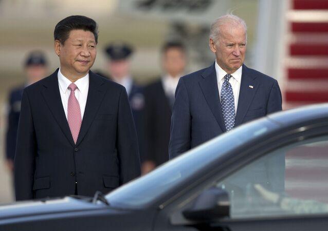 Si Ťin-pching a Joe Biden