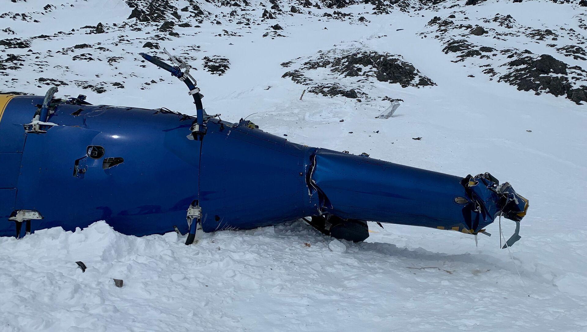Trosky vrtulníku na Aljašce, v němž zahynul Petr Kellner - Sputnik Česká republika, 1920, 03.04.2021