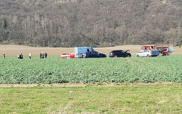 Místo pádu vrtulníku v Dobřichovicích - Sputnik Česká republika