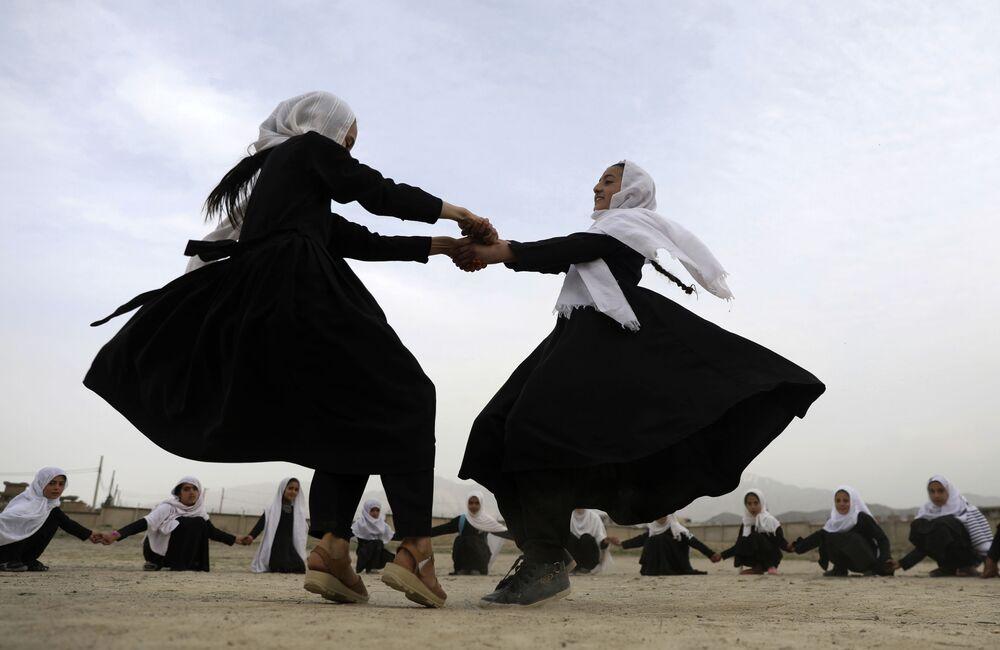 Žáci v Kábulu, Afghánistán