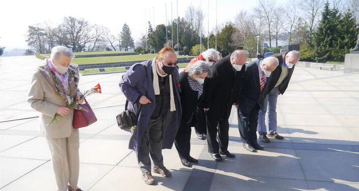 Politici i verejnosť na Slavíne uctili pamiatku padlých osloboditeľov Bratislavy