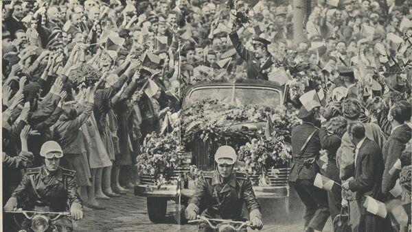 Pražané vítají Jurije Gagarina  - Sputnik Česká republika