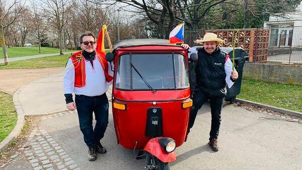 Velikonoční rebelie hnutí Chcípl PES - Sputnik Česká republika