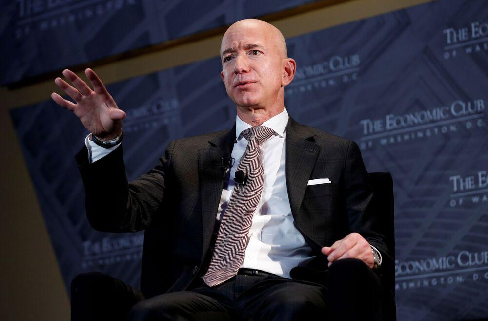 Zakladatel společnosti Amazon Jeff Bezos, jmění - 177 mld. dolarů