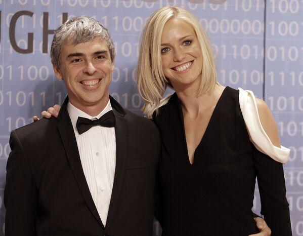 Spoluzakladatel společnosti Google Larry Page se svou manželkou, jmění - 91,5 mld. dolarů. - Sputnik Česká republika