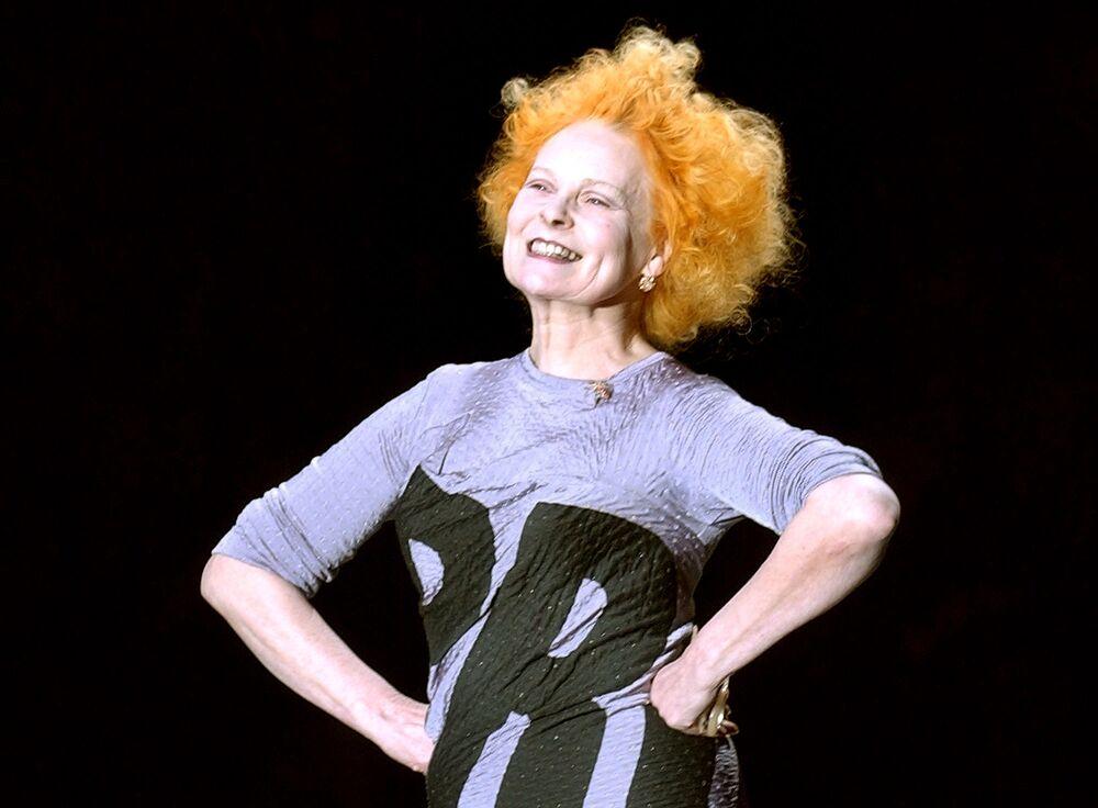 Britská návrhářka a zakladatelka stylu punk v módě Vivienne Westwoodová.