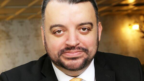Politický a mediálny analytik Eduard Chmelár - Sputnik Česká republika