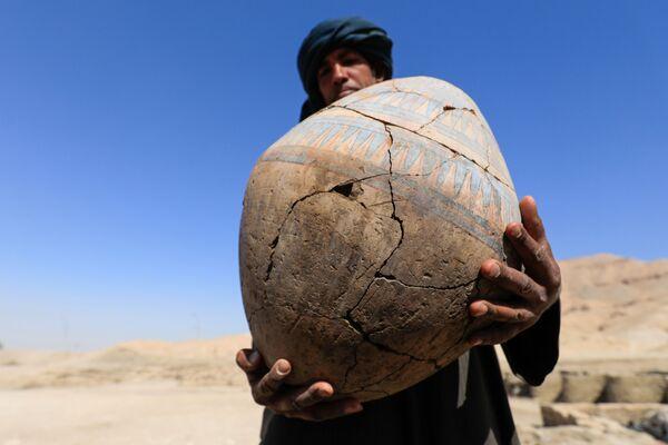 """Vykopávky ve """"zlatém městě"""", které bylo nalezeno nedaleko od Luxoru v Horním Egyptě  - Sputnik Česká republika"""