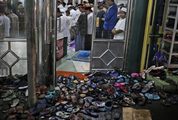Ramadán v Indonésii.  - Sputnik Česká republika