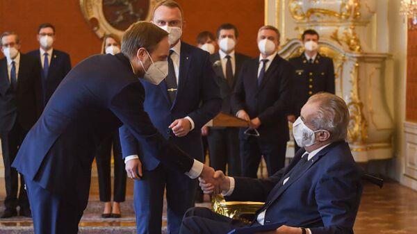 Президент Милош Земан и новый министр иностранных дел Чехии Якуб Кулханек - Sputnik Česká republika