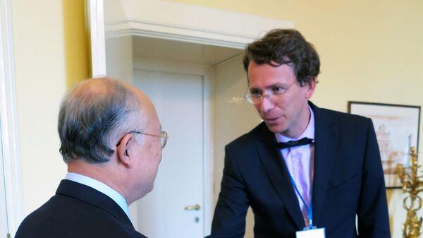 Bývalý velvyslanec a náměstek ministra zahraničí ČR Petr Drulák (vpravo) - Sputnik Česká republika
