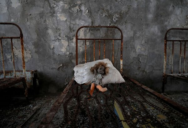 Stará panenka ve školce u černobylské jaderné elektrárny - Sputnik Česká republika