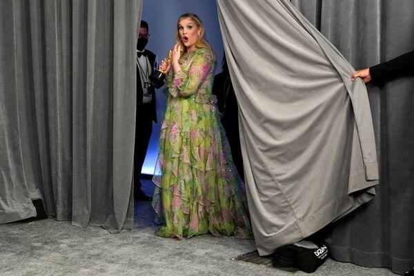 Herečka Emerald Fennellová během udílení Oscarů v Los Angeles 25. dubna 2021 - Sputnik Česká republika
