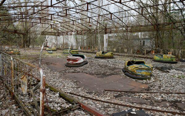 Snímek z uzavřené zóny černobylské jaderné elektrárny - Sputnik Česká republika