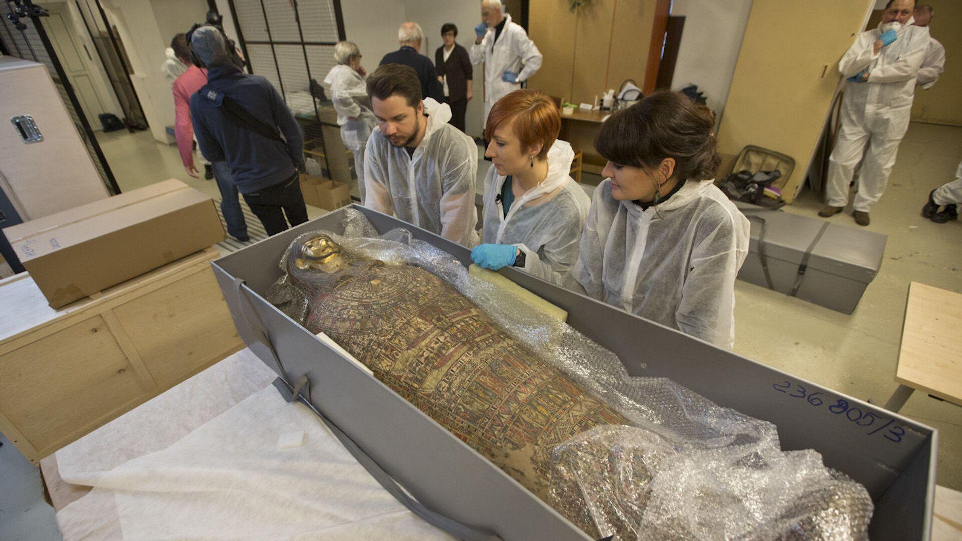 Polští vědci objevili dva tisíc let starou mumii těhotné ženy  - Sputnik Česká republika, 1920, 01.05.2021