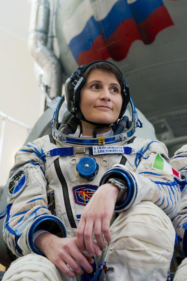 Italka Samantha Cristoforettiová, členka hlavní posádky 42/43 dlouhodobé expedice na ISS, třetí astronautka Evropské kosmické agentury - Sputnik Česká republika