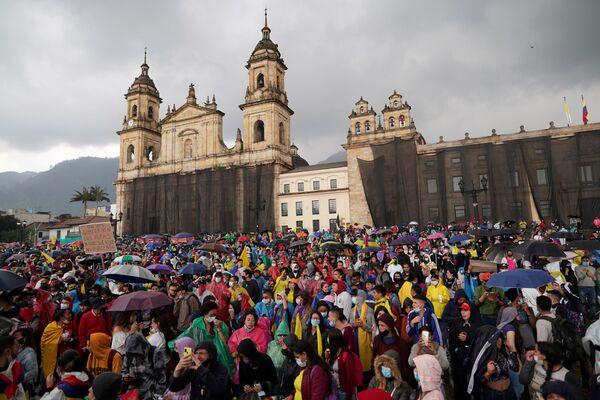 Demonstrace proti chudobě a policejní brutalitě. Bogotá, Kolumbie. - Sputnik Česká republika
