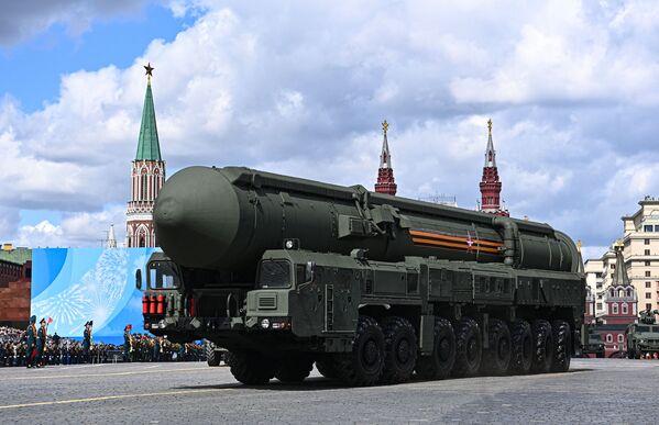 Mezikontinentální balistické rakety Jars během generální zkoušky vojenské přehlídky na počest 76. výročí vítězství ve Velké vlastenecké válce. - Sputnik Česká republika
