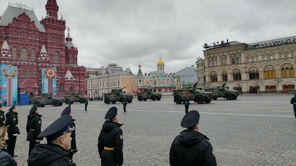 Obrněná technika na vojenské přehlídce v Moskvě - Sputnik Česká republika