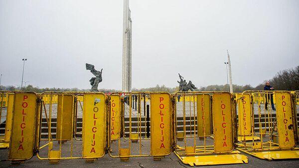 Памятник Освободителям в Риге - Sputnik Česká republika