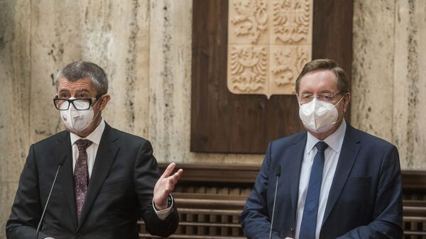 Premiér Babiš a ministr zdravotnictví Arenberger - Sputnik Česká republika