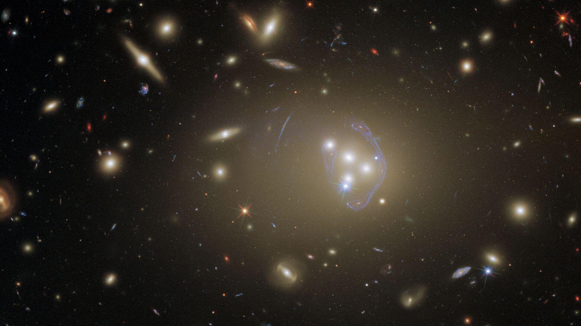 Galaktická kupa Abell 3827 - Sputnik Česká republika, 1920, 11.05.2021