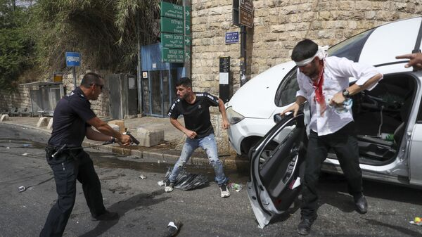 Столкновения палестинцев с израильскими силами безопасности в Старом городе Иерусалима - Sputnik Česká republika