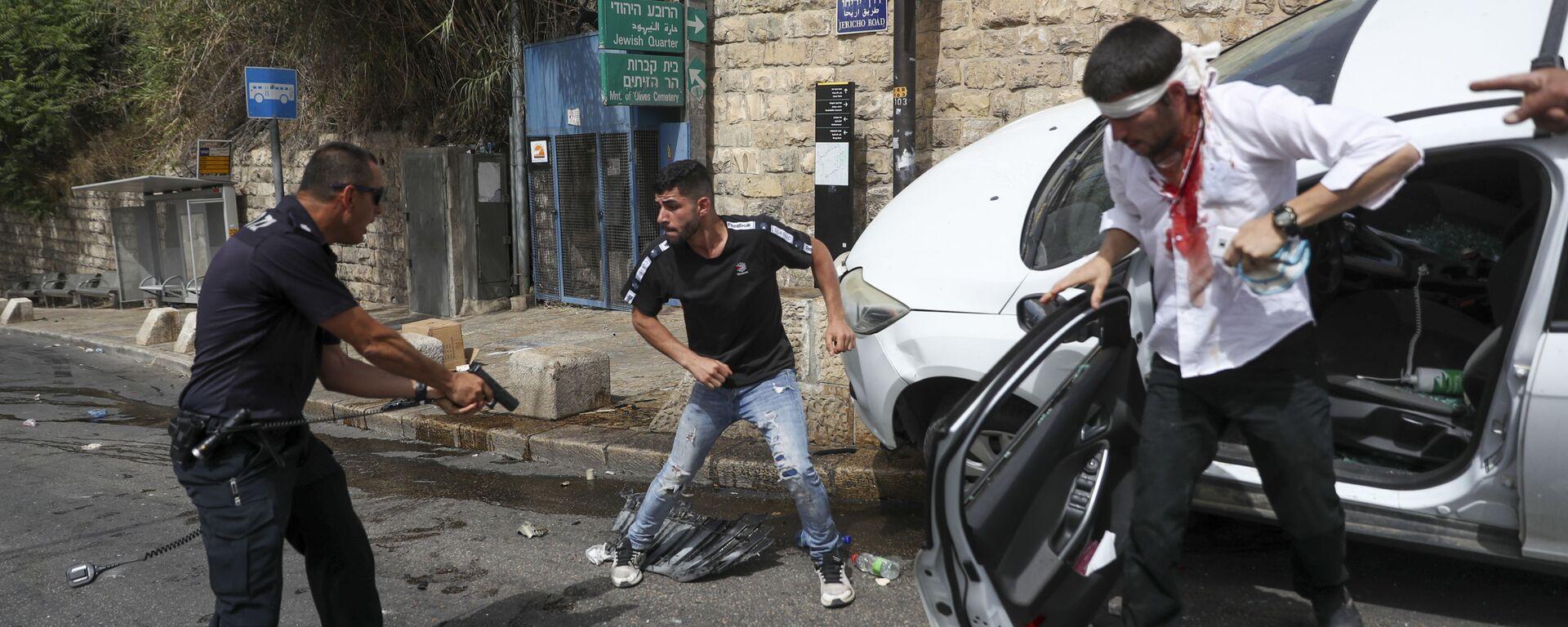 Столкновения палестинцев с израильскими силами безопасности в Старом городе Иерусалима - Sputnik Česká republika, 1920, 10.05.2021