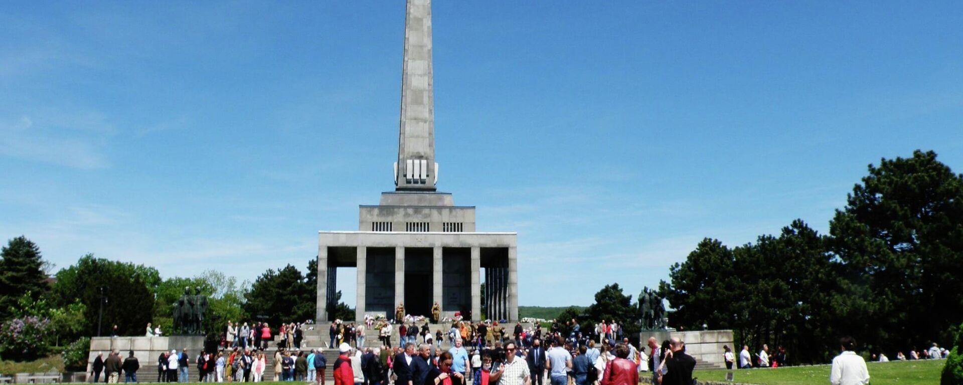 9. máj na Slavíne, Slovensko - Sputnik Česká republika, 1920, 12.06.2021