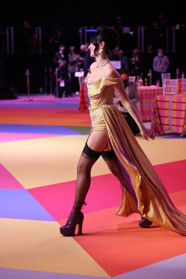 Zpěvačka Dua Lipa na Brit Awards v Londýně - Sputnik Česká republika