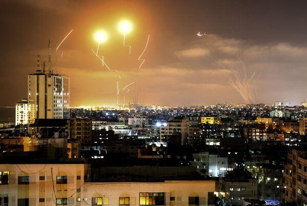 Rakety odpálené z Pásma Gazy na Izrael - Sputnik Česká republika