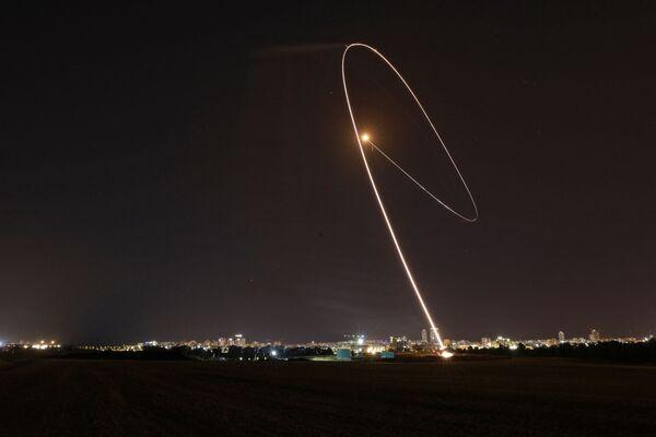 Izraelský systém protivzdušné obrany Železná kopule zachytil raketu vypálenou z Pásma Gazy - Sputnik Česká republika