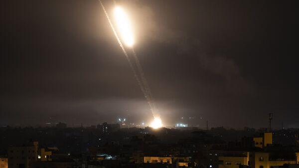 Запуск ракет по Израилю в Газе - Sputnik Česká republika